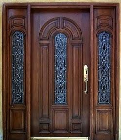 Puertas de madera im genes for Disenos de puertas en madera y vidrio
