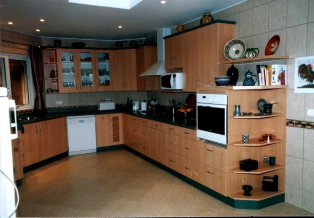 Im genes de muebles de cocina im genes for Valor cocina industrial